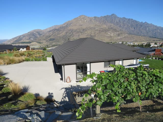 Modern Private Self- Contained Unit - Lower Shotover - Apartament