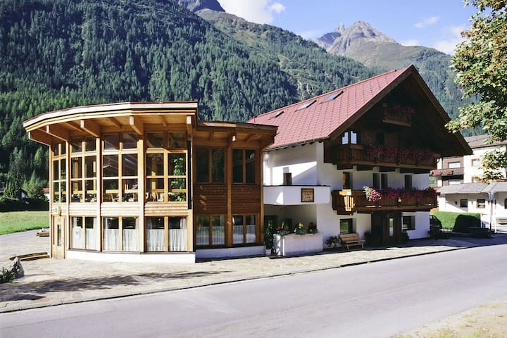 Comfortable Apartment in Längenfeld near Ski Area