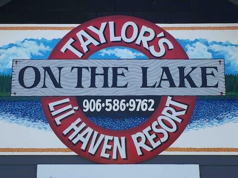 Taylor's Lil Haven Resort Cabin 5