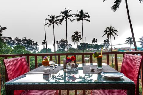 Luxury Cottage w/AC/Garden/Wifi  @ Arambol Beach