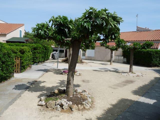 maisonnette climatisée ,piscine - Vic-la-Gardiole - Rumah