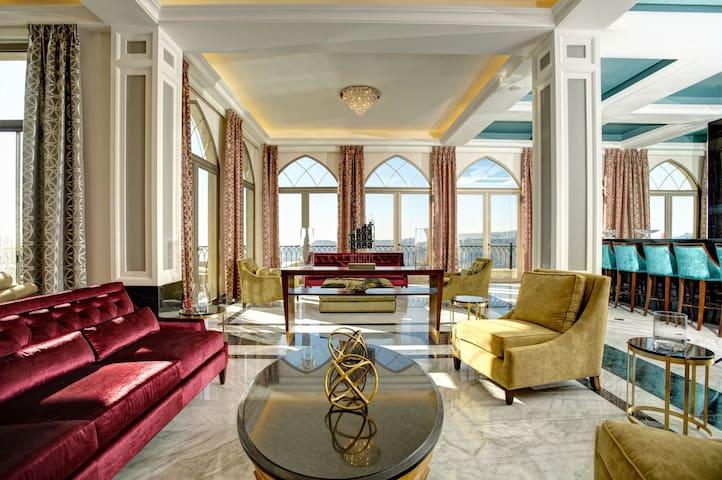 Cherry Blossom Boutique Hotel- luxurious suites