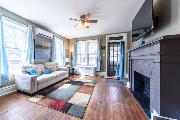 Cozy Home In Heart of HBG 10 Mins from Downtown