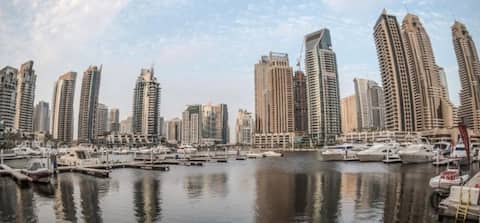 Cozy 2Br in Dubai Marina with an amazing view