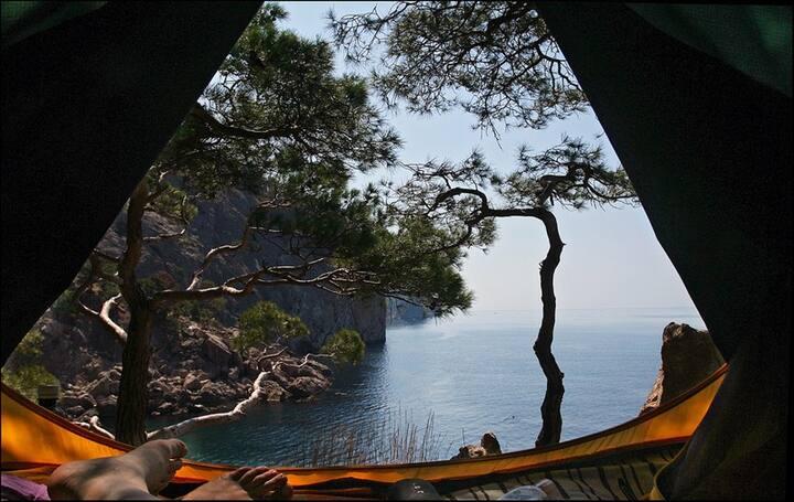 Уникальный отель на берегу моря с шикарным видом