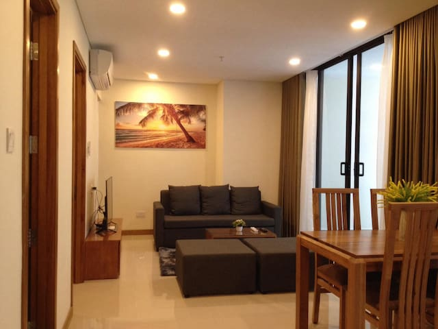 New 4*star condo, 1-min walk to beach &city center