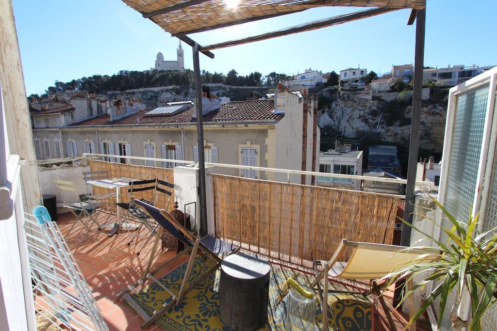 T2 40m2 terrasse 15m2 proche vieux port stanovi za for T2 terrasse marseille