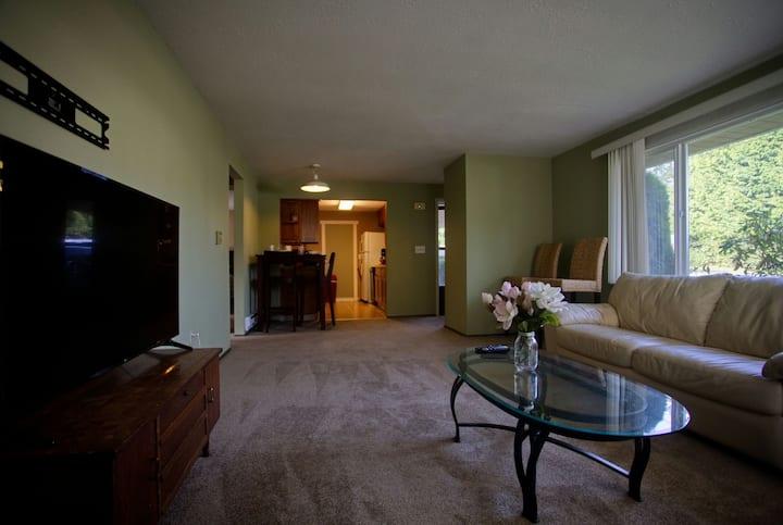 2 Bedroom in the Heart of Lynnwood