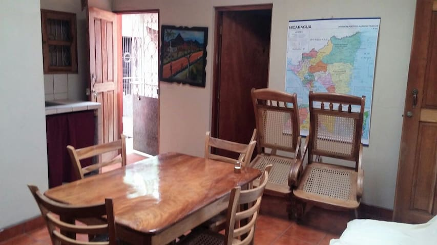 Private Guest House W/Patio - San Marcos - Appartement