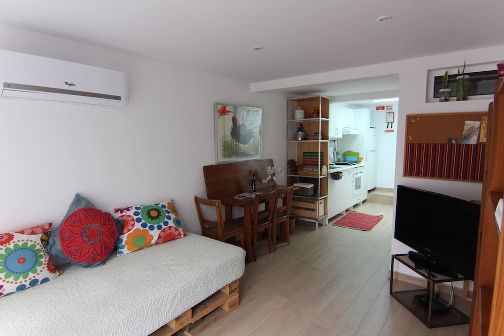 Funchal a 800 m do centro houses for rent in funchal for Sofa exterior aki