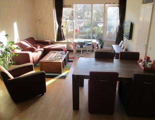 Very well located, spacious house in Delft