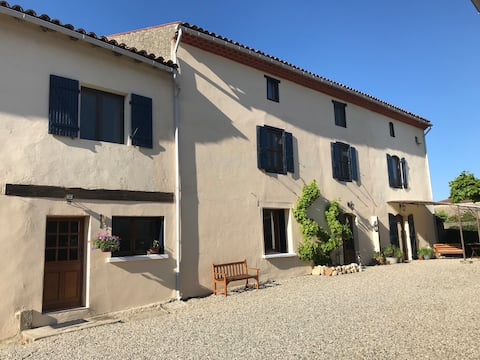 3 bedroom gite with private pool near Mirepoix