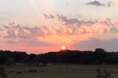 'The Sunrise' at Windwalker Farm - Weatherford