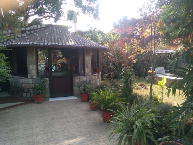 OXYGEN-Snow View Designer Hut Garden Living