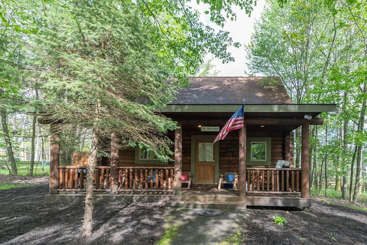 DOGS WELCOME! Lake Area Home w/Hot Tub!