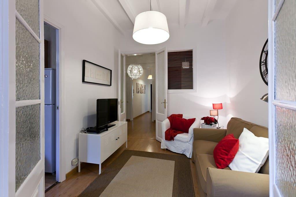 Eixample left 2 near ferm paseo de gracia appartamenti for Appartamenti eixample barcellona