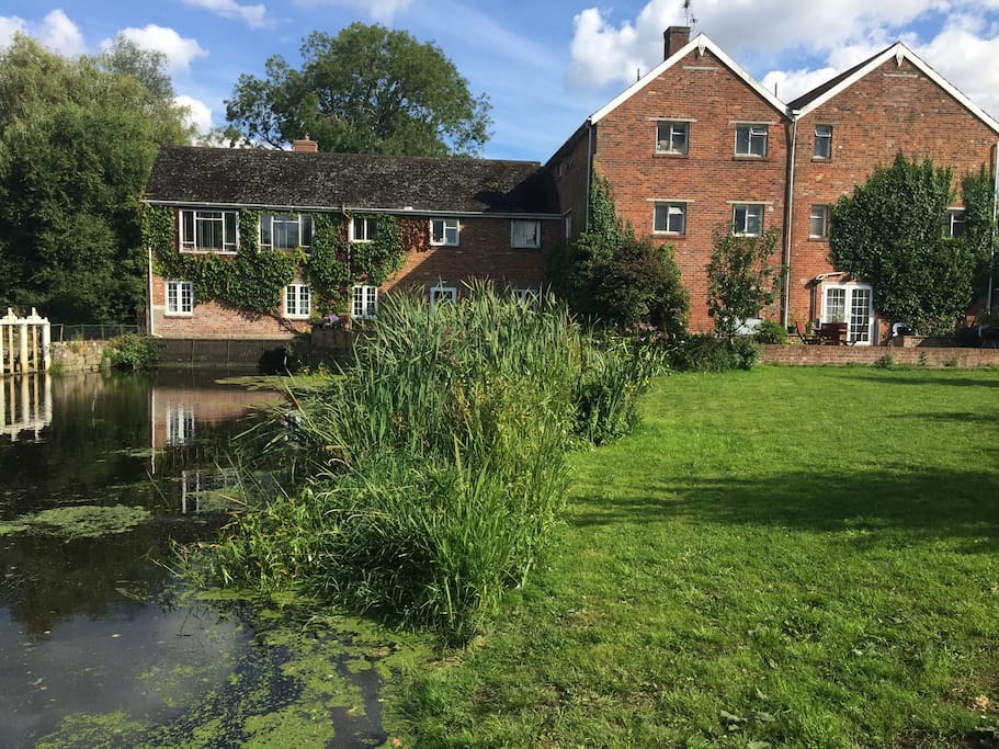 Coopers durweston mill ensuite double room in durweston for Coopers mill