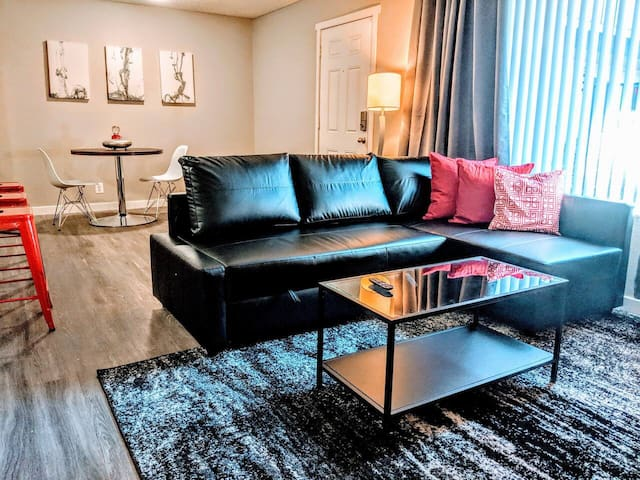 A34  Private 2 bedroom apt with 2 attached baths