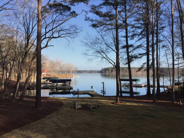HGTV  Lakefront  house- 90 miles from the Masters! - Eatonton - Ev