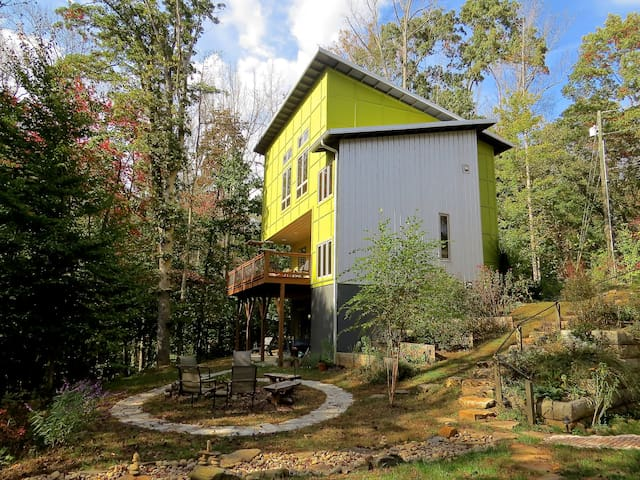 Modern Mountain Getaway - Asheville - Appartement