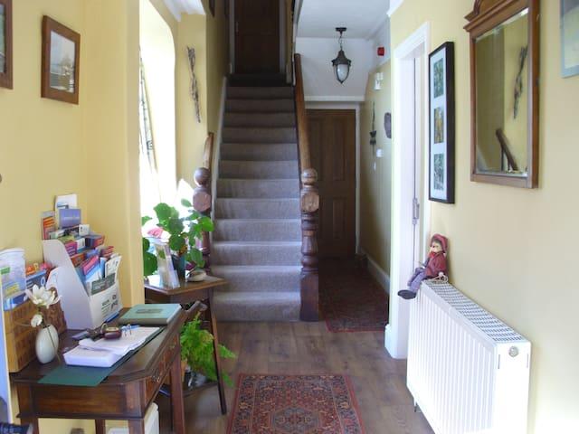 Ty'n y gwynt apartment by Castle - Gwynedd - Apartment