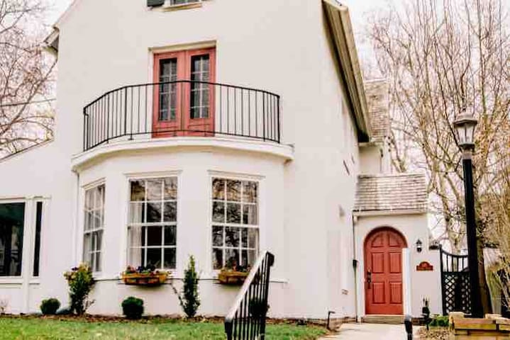 Feel Pampered In This Renovated 100yr Old Beauty