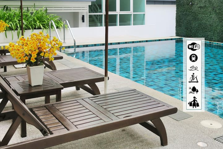 Poolview 1BR WiFi Downtown Asoke SUKHUMVIT16 - Bangkok - Apartament