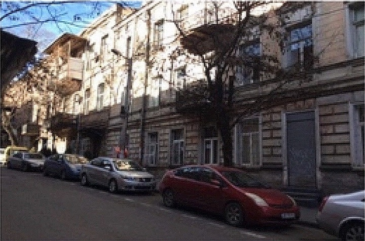 Apartment in old historic Tbilisi