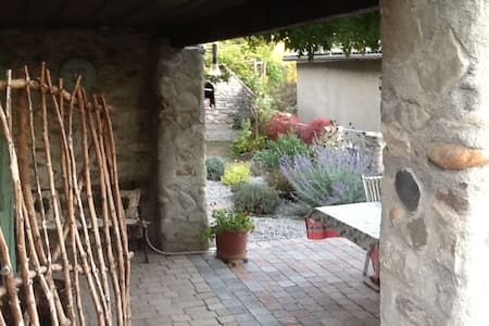 Chambre Hongrie - Vaumeilh - Bed & Breakfast