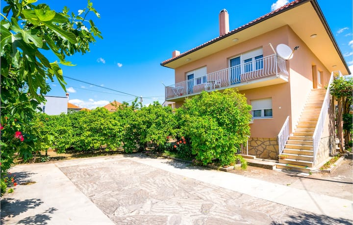 Amazing home in Zadar with 2 Bedrooms and WiFi
