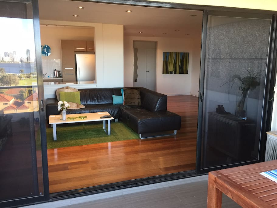 Luxury Apartment With Perth City Views Apartments For