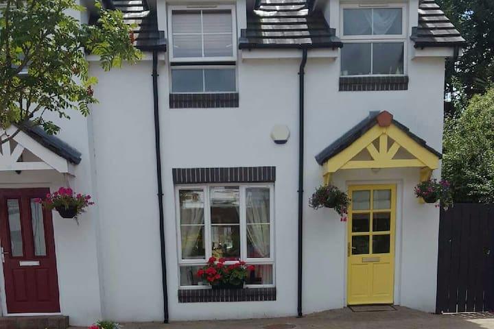 Crawfordsburn Cottage