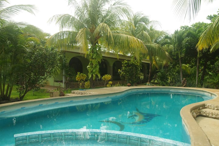 Beautiful Brasilito Home Near Beaches - Brasilito - Huis