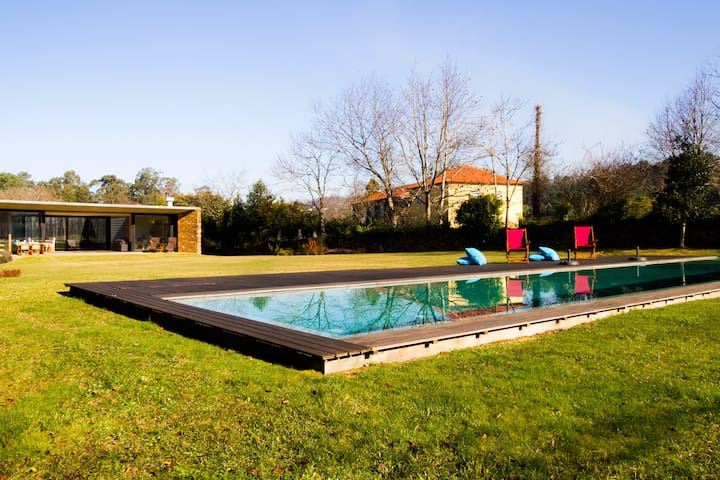 Liiiving in Caminha | Lawny Pool House - Caminha - House