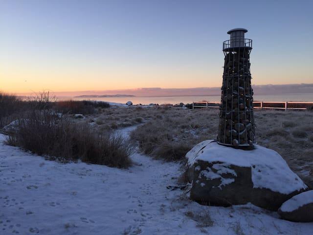 Stort härligt strandhus i magiskt västerläge - Åsa