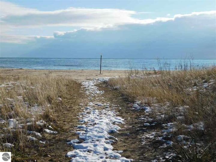 RARE 3 bed Lake Huron home on private SANDY beach!