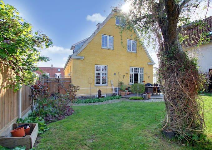 Charming Danish Villa in Holbæk - Holbæk - Villa