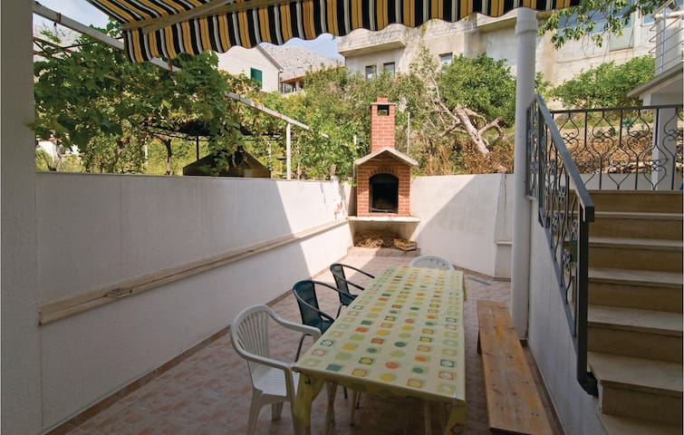 Holiday apartment with 1 bedroom on 29m² in Sumpetar