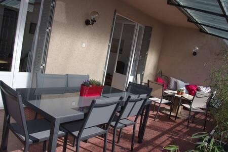 Superbe appart avec grande terrasse - Rodez