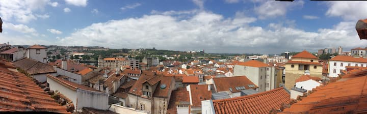1 double room in the historic centre of Coimbra