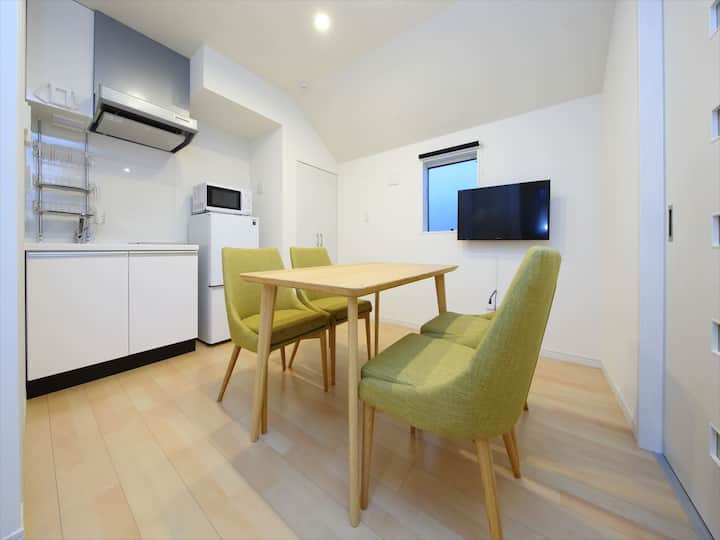 Spacious apartment★Excellent location ★Free WiFi