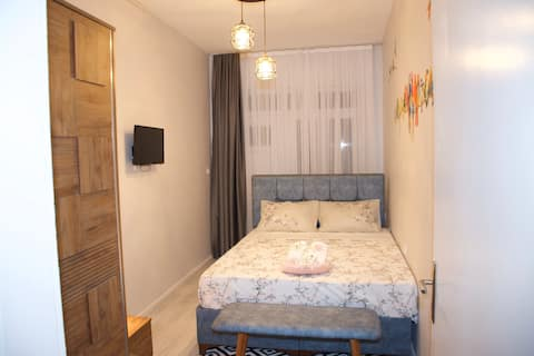 Taksim Parrots 2-3 - La Casa Home Concept