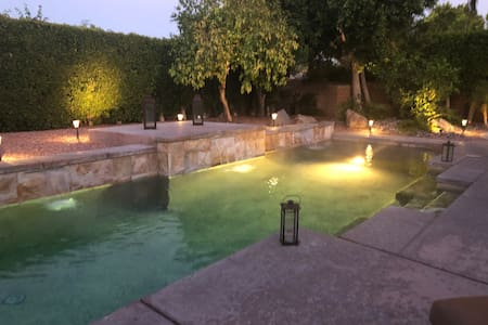 ClassyModernCasita for 2 with Pool and Heated spa