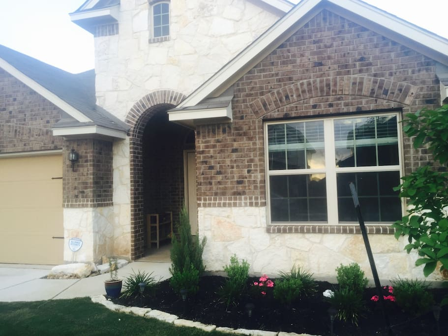 Comfortable Bedroom W Private Bath Wifi Cable Houses For Rent In San Antonio Texas United