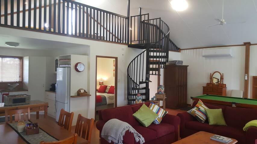 Glenvale B&B Studio/Apartment on quiet acre block.