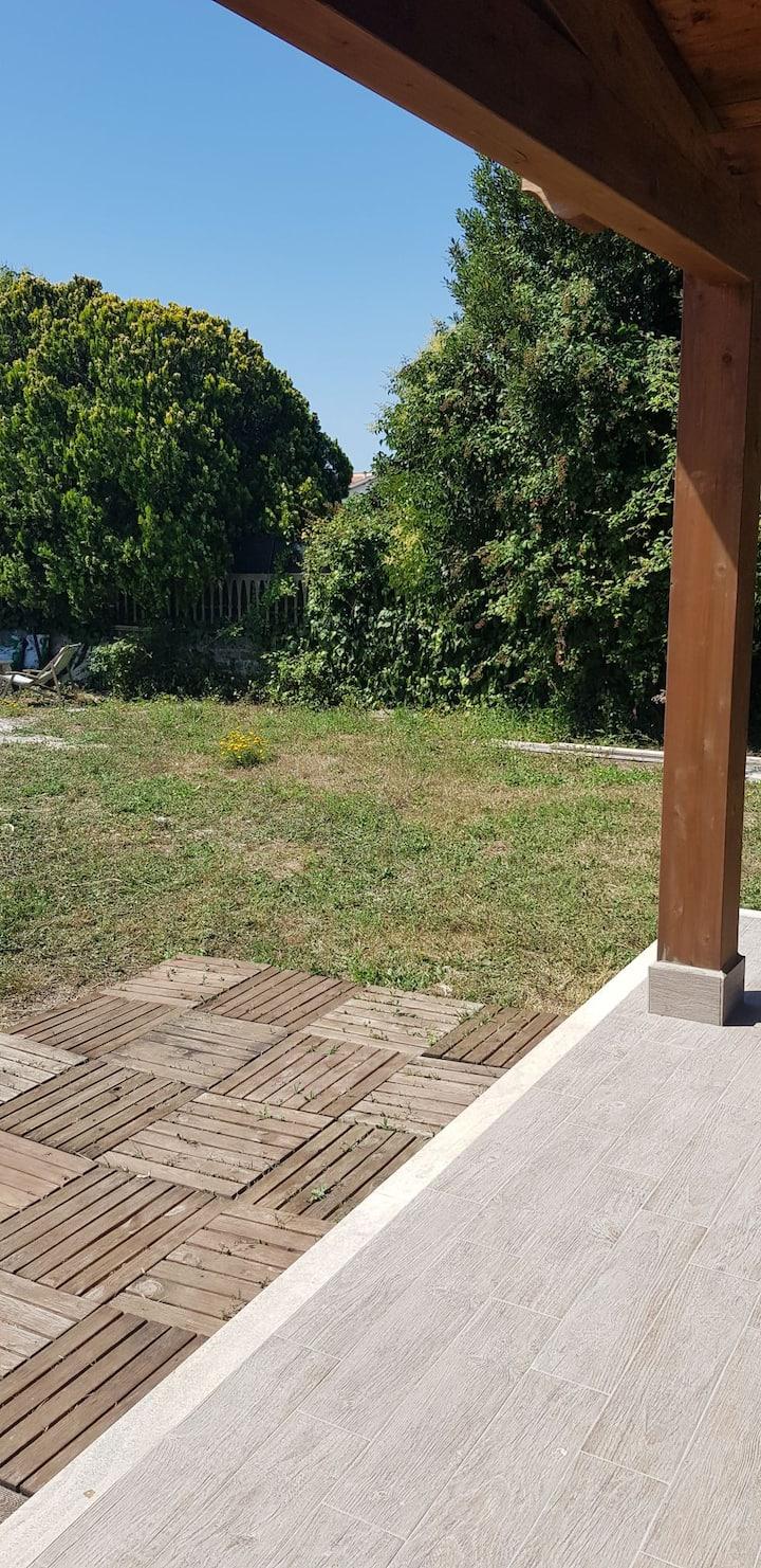 villa con piscina ardea marina torvaianica zoomar