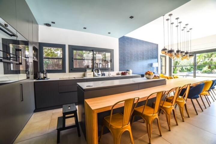 Contemporary Family Villa