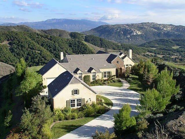 Wine Country (Deluz) French Cottage Estate - Temecula - Faház