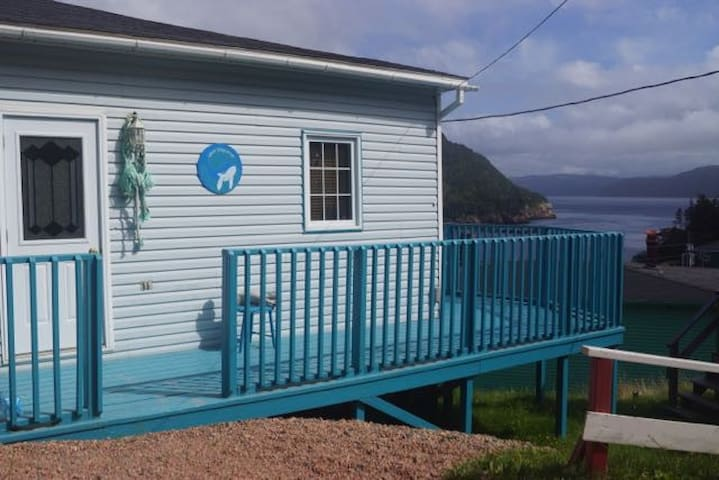 Whale Song Cottage in an authentic outport