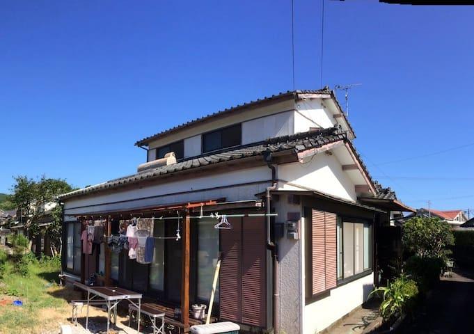 Une chambre à 15 minutes d'Aoshima - Miyazaki-shi - Casa
